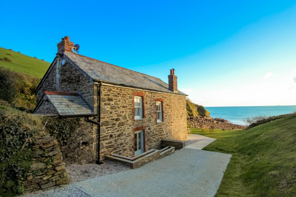 How an elegant building extension was the key to creating an outstanding holiday cottage